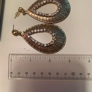 Forever 21 Jewelry - Dazzling gold and crystal statement earrings